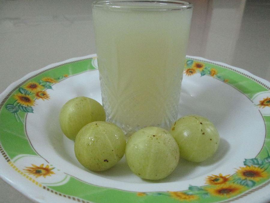 Benefits of Amla Juice, use of amla for skin, benefits of amla for hair