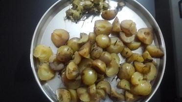 Amla, anwla, indian gooseberry,